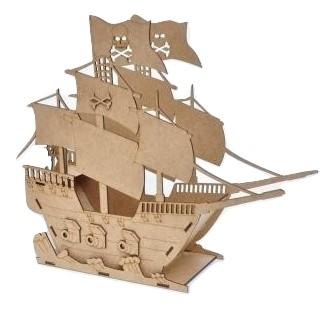 ספינה להרכבה מעץ