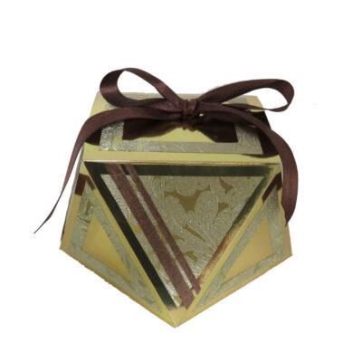 קופסה מוזהבת למשלוח מנות